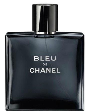 b0f7149e1 ... غريزي إلى الناقل. لا يركز Bleu De Chanel على فئة عمرية محددة ، ولكن في  الوقت نفسه يتمتع في بادئ الأمر بأكبر شعبية بين الشباب. مقاوم جدا ويترك قطار  رائع.