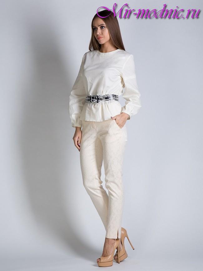 971c081cee32 Nohavice získali v prvom štvrťroku 20. storočia svoje čestné miesto v  ženskom šatníku. A od tej doby zostáva obľúbeným druhom oblečenia pre  modernú ženu.
