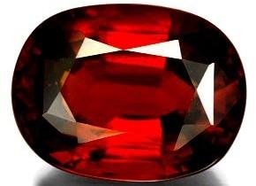 En el año 500 en Bohemia hicieron una joyería con una granada. En los  tesoros reales de Sajonia 26b886d879c