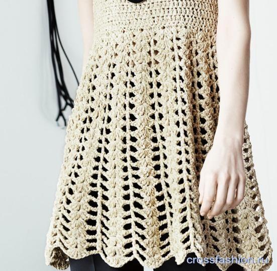 bb6f288a4af0 Pletené šaty z móla. Pletenie z pódia