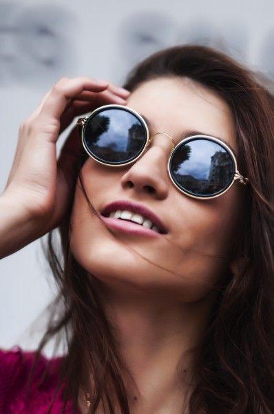 Спрашивающим о том, можно ли носить солнечные очки с линзами, можно с  уверенностью ответить на этот вопрос однозначным «да». В этом случае  рекомендуется ... 5d1fed294ca