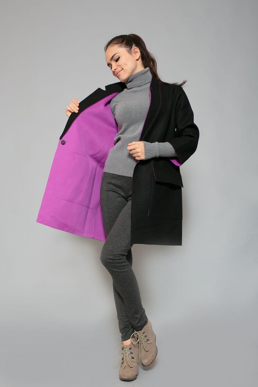 f7e05abc1 El acabado del cuello de los abrigos de moda puede combinar el color con el  forro o actuar como un elemento de decoración independiente.