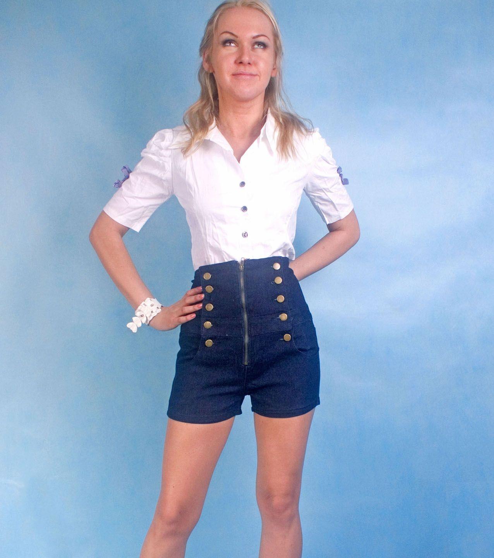69c8028eb Consejos con qué usar pantalones cortos de mezclilla. Fotos de ...