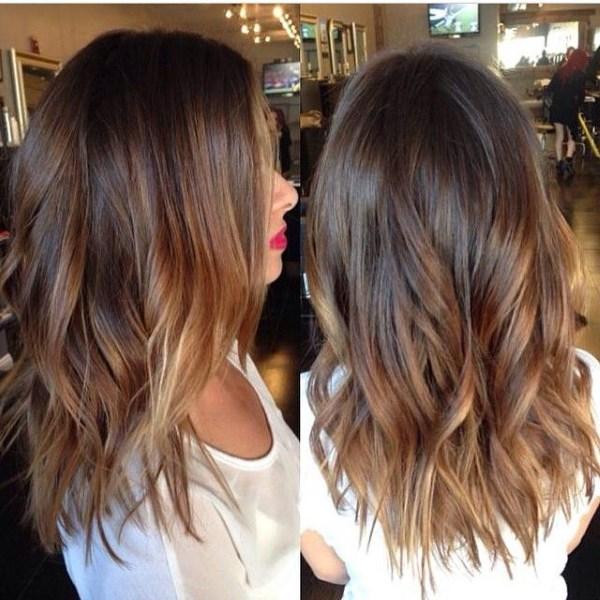 teda pri výbere farieb by ste mali venovať pozornosť farbe pleti.Fotografie  dievčat s tmavými vlasmi 754c0a1bbd7